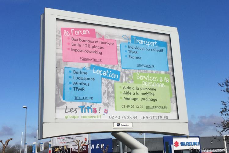 Panneau 4x3m Forum Titi